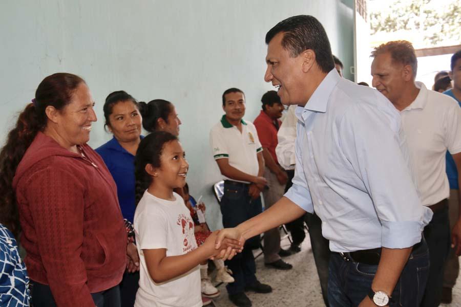 Regresan a clases en el Istmo y la Mixteca, Oaxaca