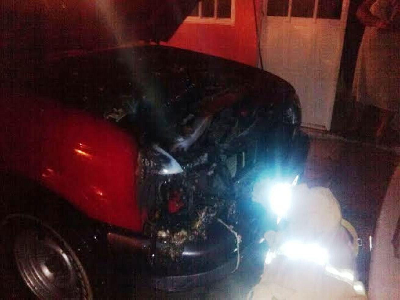 Incendian camioneta en calles de Huajuapan - e-oaxaca Periódico Digital de Oaxaca