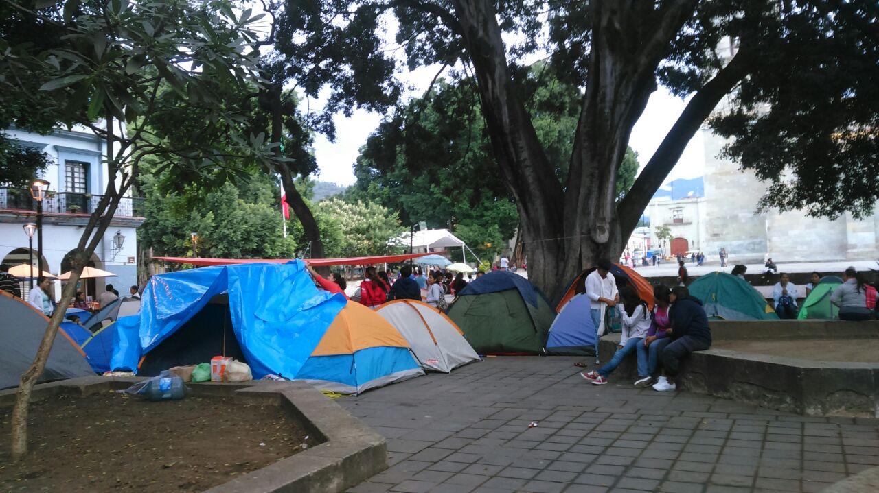 Inicia Sección 22 plantón en el Zócalo de Oaxaca