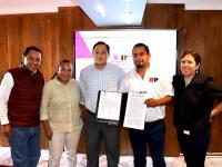 La entrega de la certificación de validez de la asamblea estatal de Oaxaca con más de 4 mil afiliados.